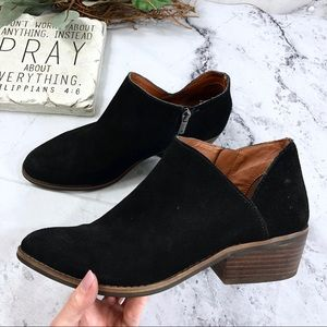 Lucky Brand Frankela cut out ankle suede boots 9M